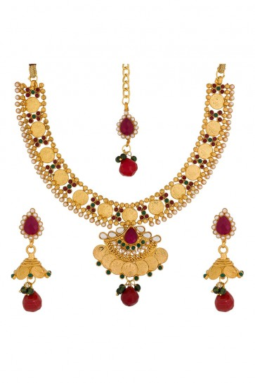 kundan,Beads And Perlas Red, Green & Golden Necklace Set